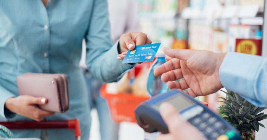 Citibank: 400 zł na zakupy w Biedronce z darmową kartą Citi Simplicity