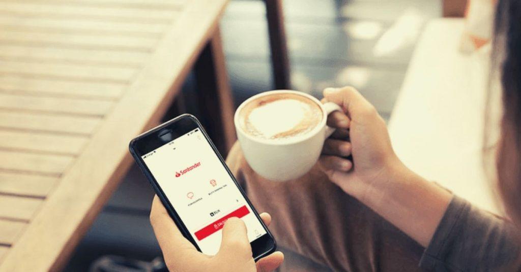 Santander: 300 zł premii z nowym kontem + 80 zł za skorzystanie z polecenia + inne bonusy